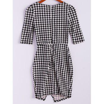 Women's Charming Checked Furcal Embellished Half Sleeves Bodycon Dress - M M