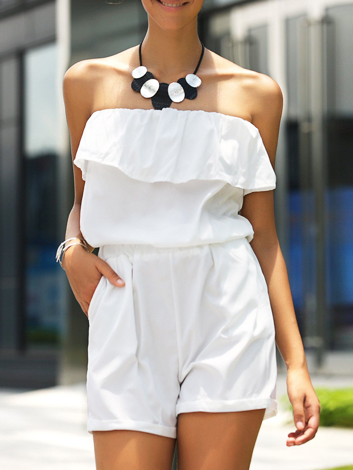 Stylish Women's Strapless Ruffled Solid Color Romper
