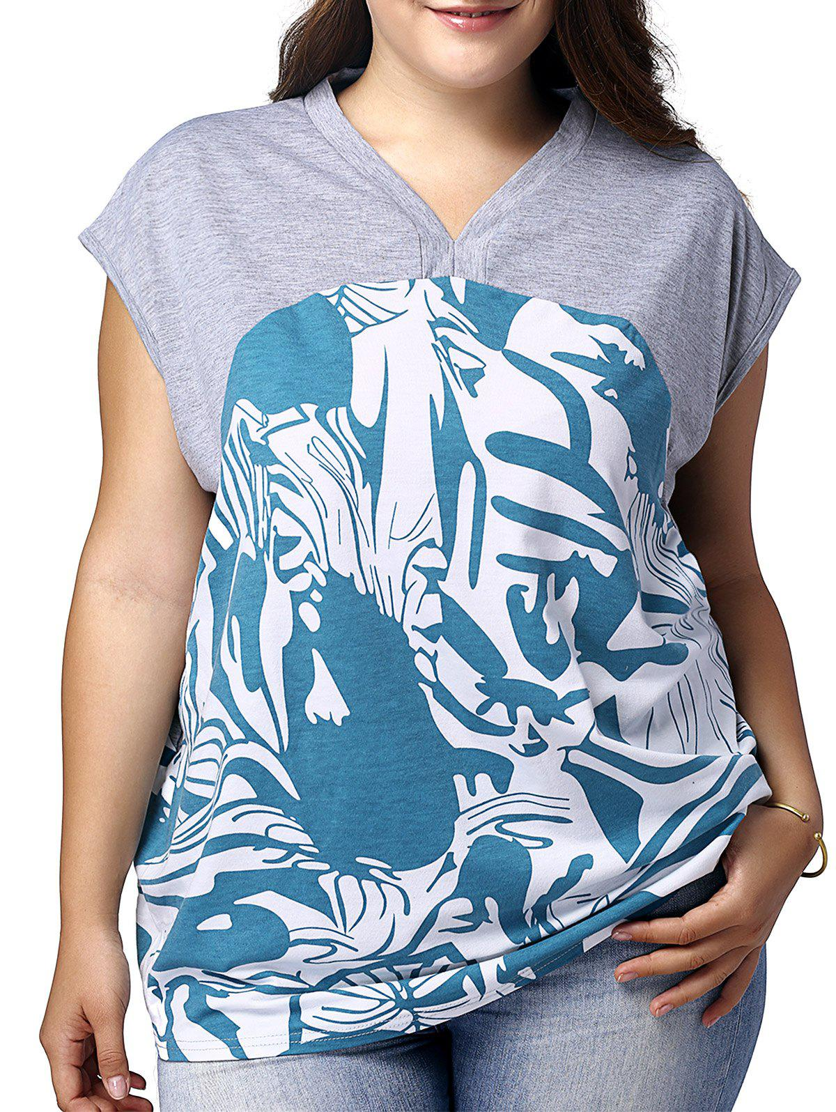 Plus Size Graphic Cap Sleeve V Neck Top - GREY/WHITE/BLUE 3XL