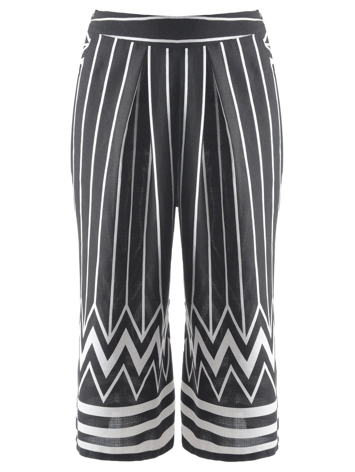 Fashionable Women's Striped Zig Zag Cropped Pants - BLACK M