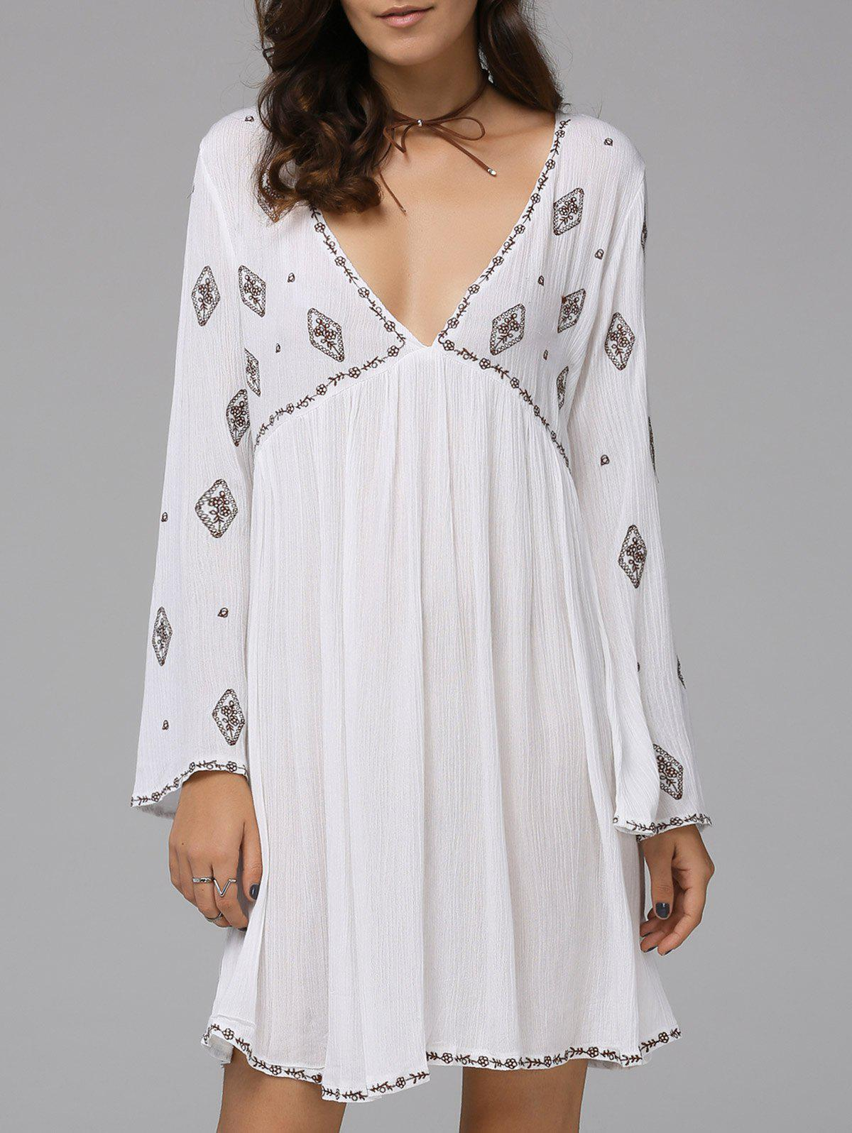 Fashionable Women's Plunging Neck Long Sleeve Embroidered Dress - WHITE L