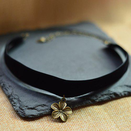 Simple Peach Blossom Chokers Necklace For Women