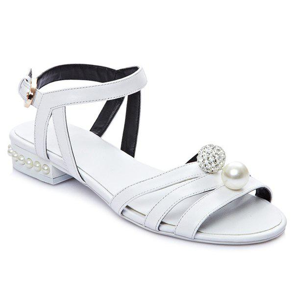 Casual Flat Heel and Beading Design Women's Sandals