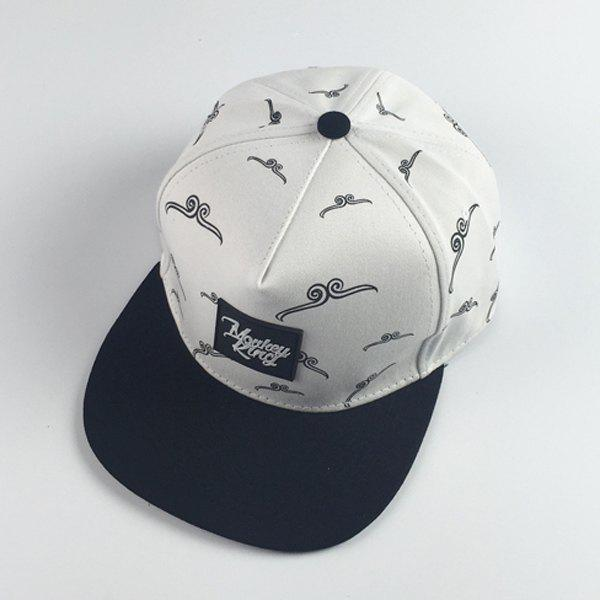Stylish Square Letters Labelling Sun Wukong Gold Hoop Pattern Men's Baseball Cap - WHITE