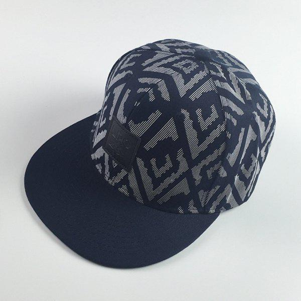 Stylish Square Labelling Bionic Boa Skin Pattern Hip Hop Men's Baseball Cap