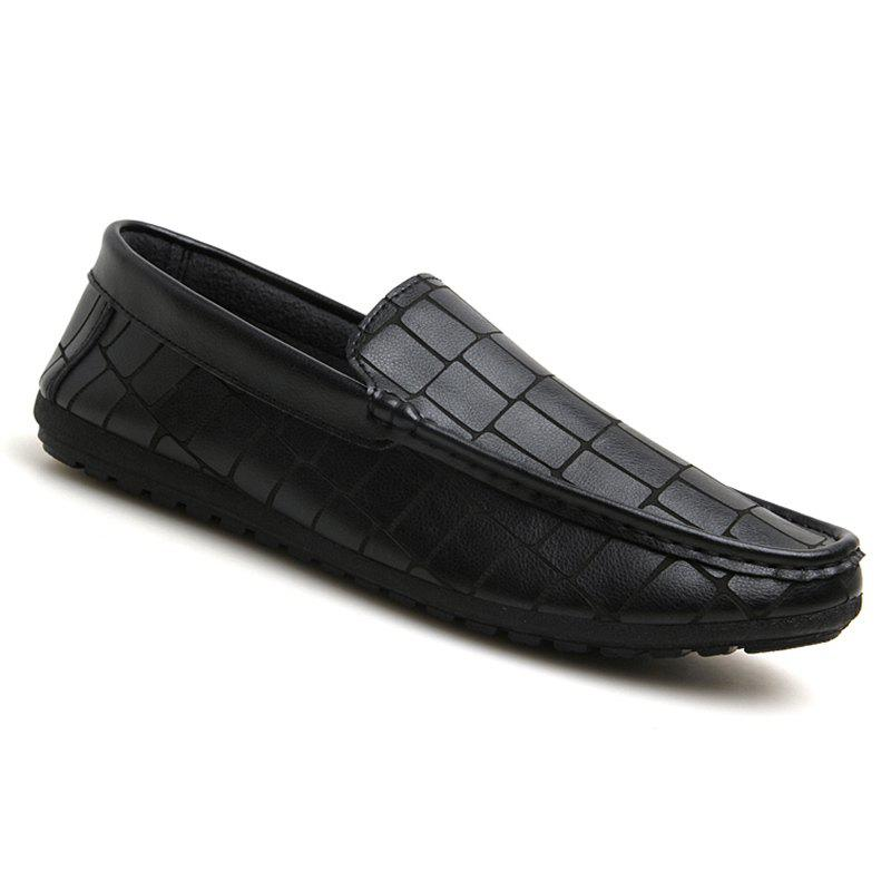Simple Embossing and Solid Color Design Men's Loafers - BLACK 44