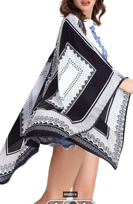 Collarless Loose-Fitting Print Women's Cape - WHITE XL
