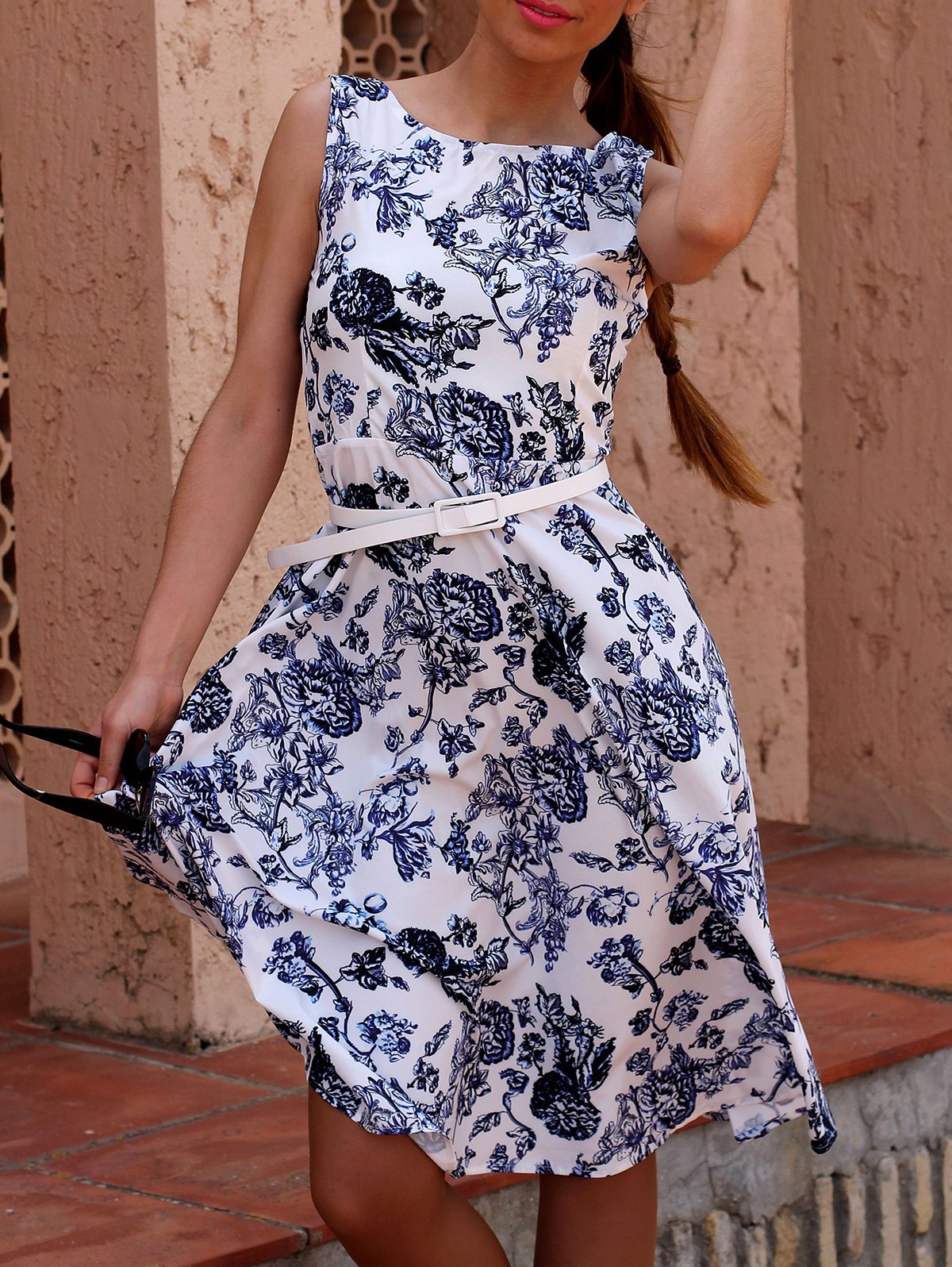 Retro Style Women's Jewel Neck Sleeveless Floral Print Belted Flare Dress - BLUE XS