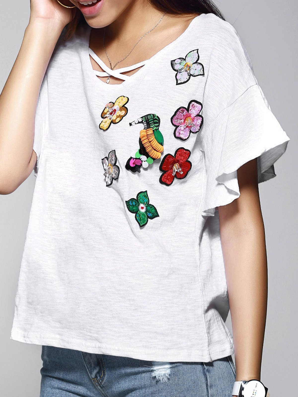 Charming Sequin Embellished Floral Embroidery Women's T-Shirt - WHITE ONE SIZE(FIT SIZE XS TO M)