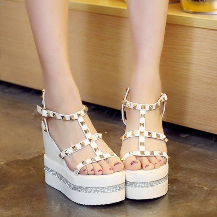 Trendy Metal Rivets and Platform Design Women's Sandals - WHITE 39