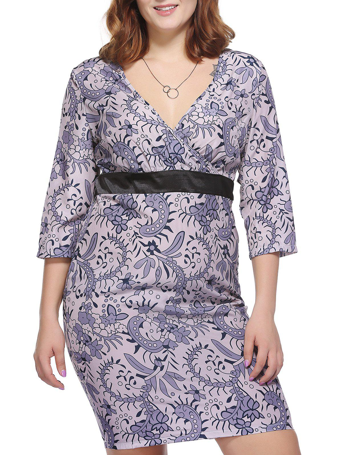 Alluring Plus Size Tiny Floral Print Plunging Neck Women's Sheath Dress