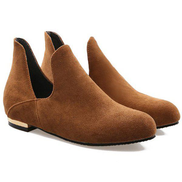Retro Suede and Slip On Design Women's Flat Shoes - BROWN 39