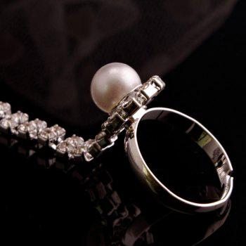 Rhinestone Faux Pearl Hollow Out Ring Bracelet - SILVER