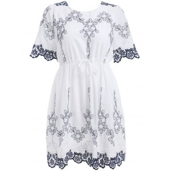 Classical Embroidery Lace-Up Dress