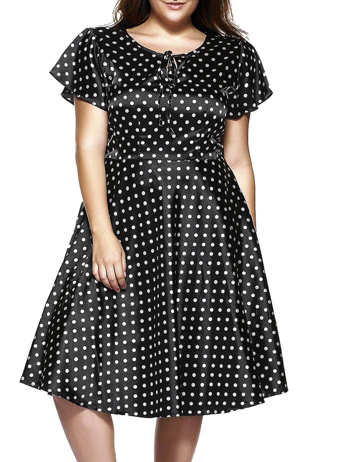 Plus Size Short Sleeve Polka Dot Midi Dress - Noir 8XL