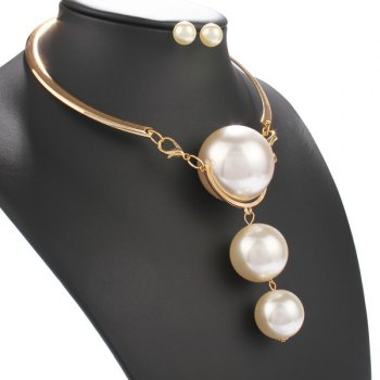 A Suit of Faux Pearls Necklace and Earrings - GOLDEN