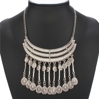 Embossed Water Drop Fringed Necklace