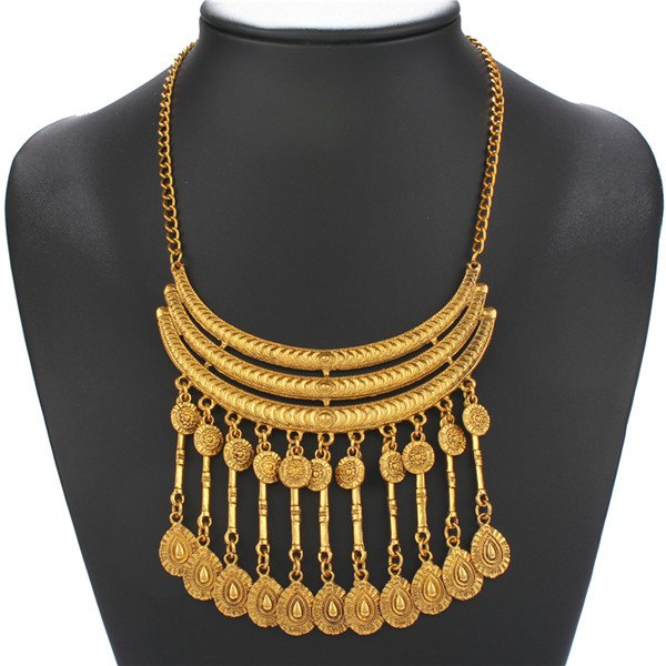 Embossed Coin Teardrop Fringed Necklace - GOLDEN