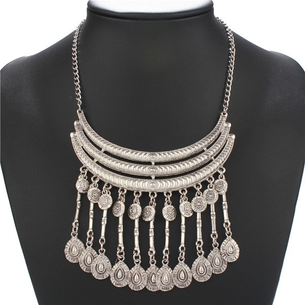 Embossed Water Drop Fringed Necklace - SILVER