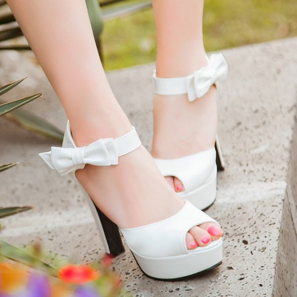 Chic Chunky Heel and Bowknot Design Women's Sandals