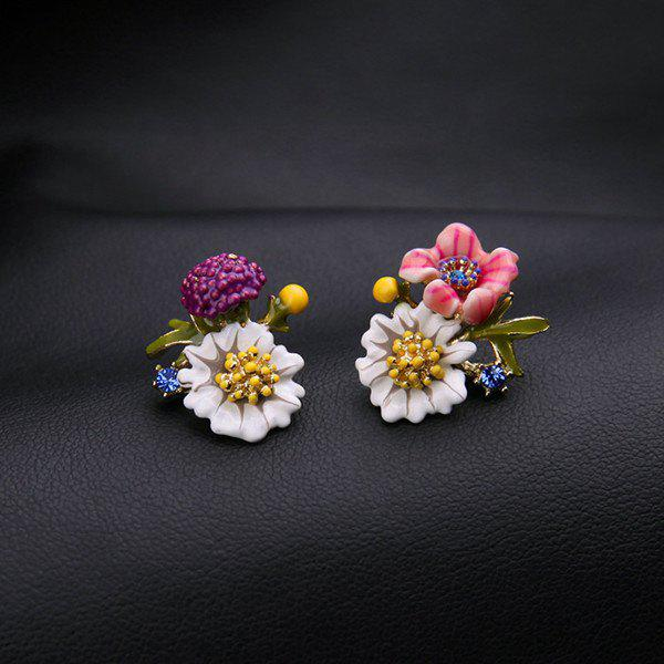 Pair of Flower Enamel Stud Earrings - WHITE