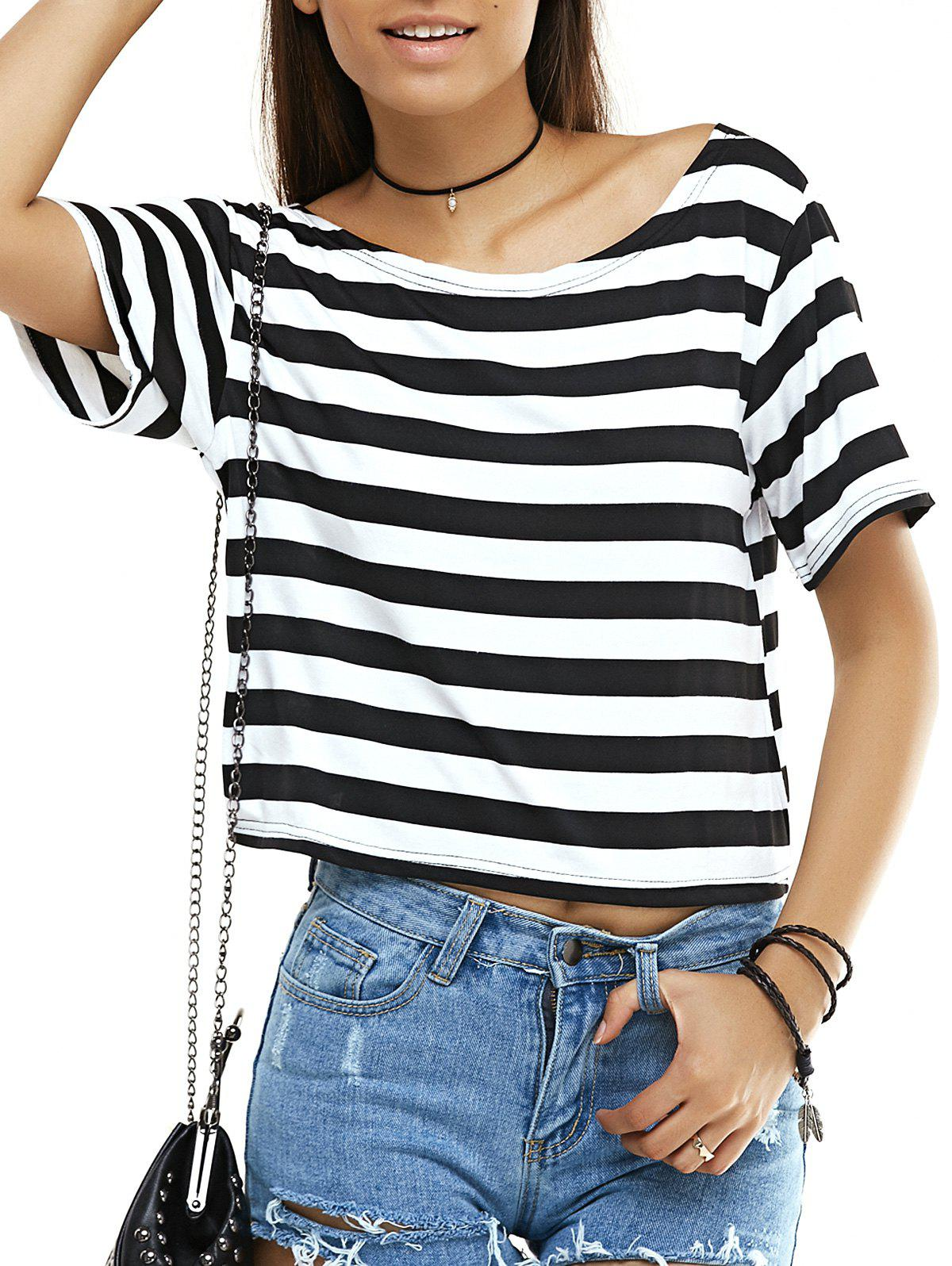 Open Back Striped T-ShirtWomen<br><br><br>Size: M<br>Color: WHITE AND BLACK