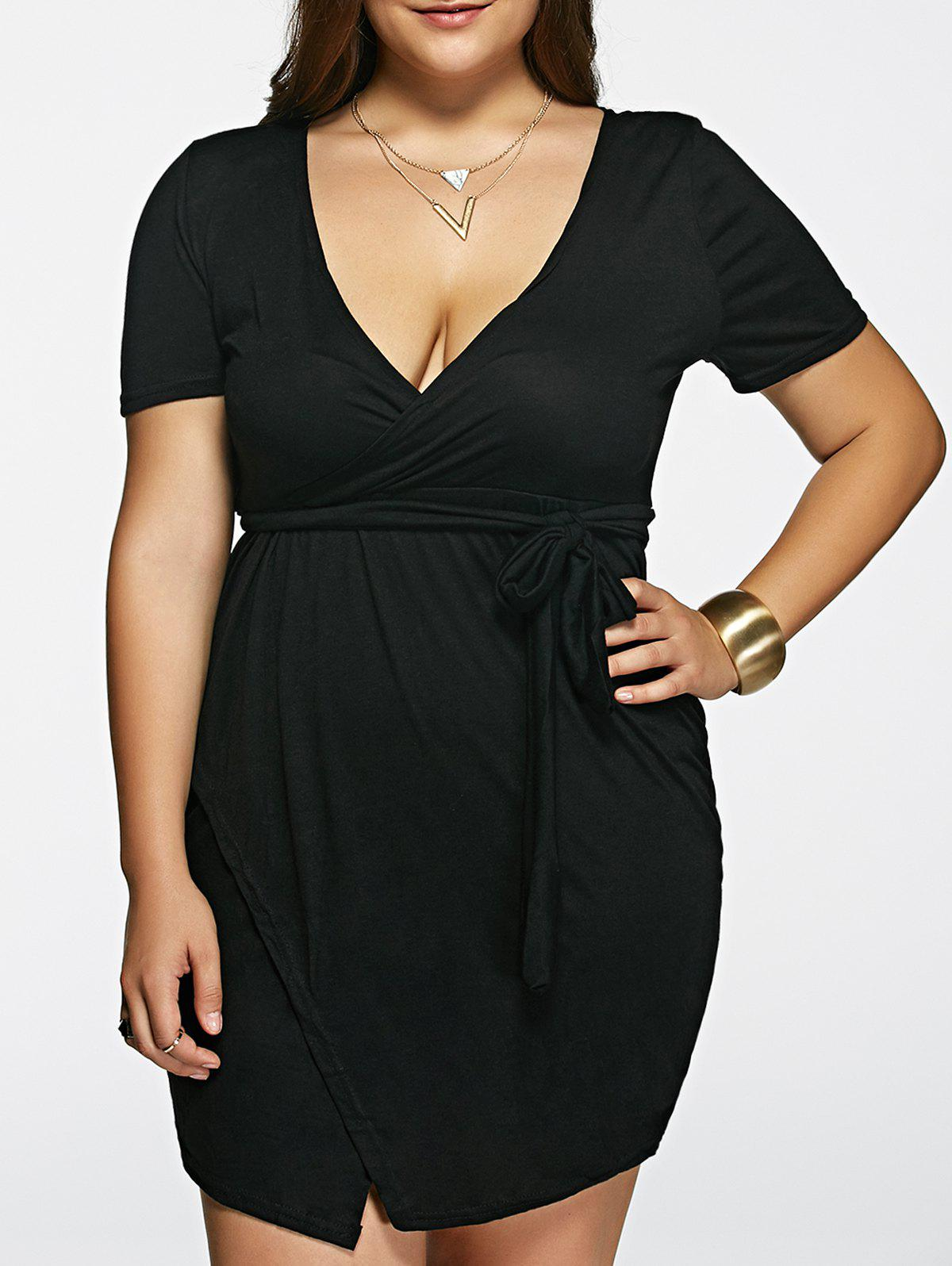 Stylish Women's Plunging Neck Solid Color Short Sleeve Black Plus Size Dress