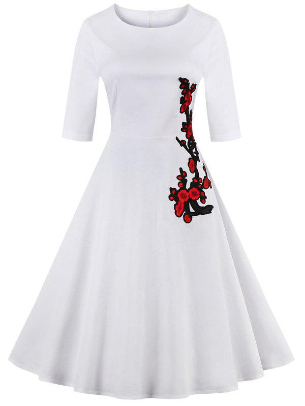 Retro Style High Waist Floral Embroidery Dress - WHITE 4XL