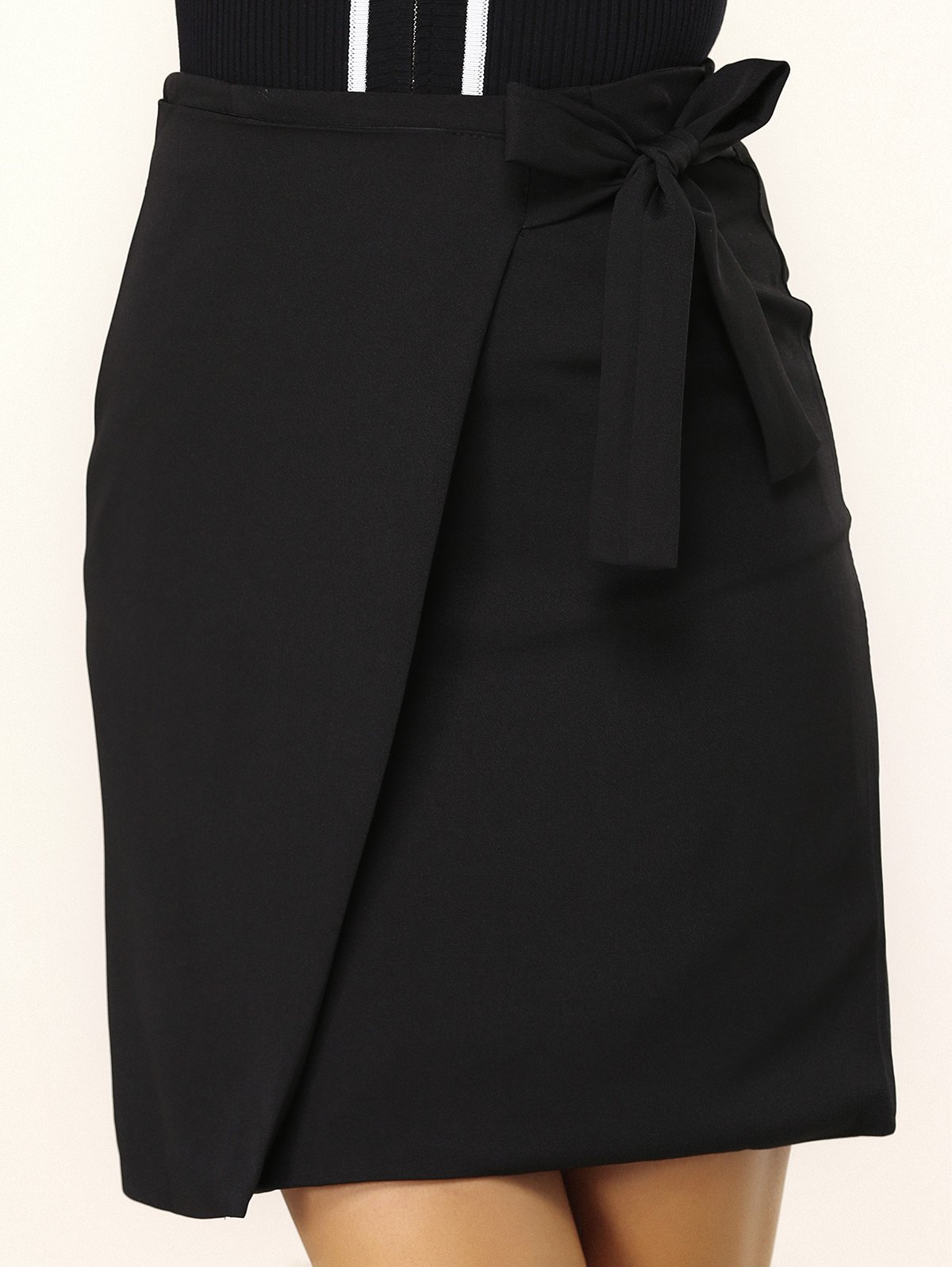 Solid Color Side Strappy Wrap Skirt - M BLACK