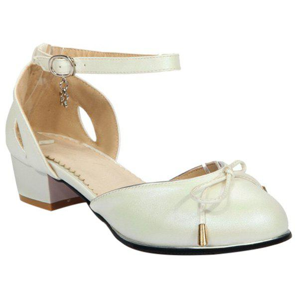 Sweet Bowknot and Round Toe Design Women's Flat Shoes - OFF WHITE 39