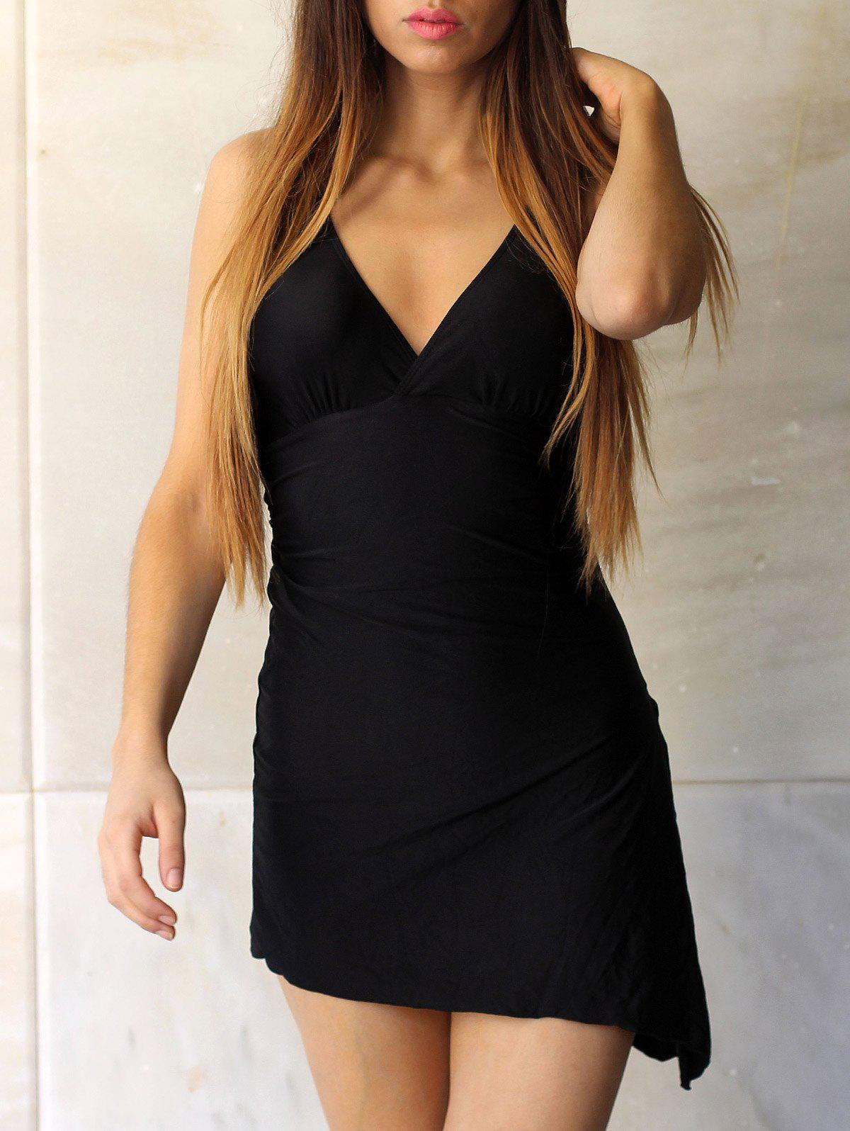 Alluring Women's Plunging Neck Sleeveless Black One-Piece Swimsuit - BLACK M