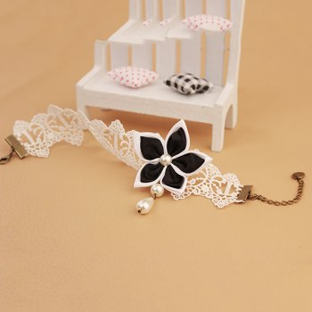 Lace Fake Pearl Blossom Embellished Anklet -  WHITE/BLACK