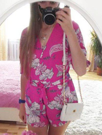 Chic Plunging Neck 3/4 Sleeve Floral Print Women's Romper - ROSE L