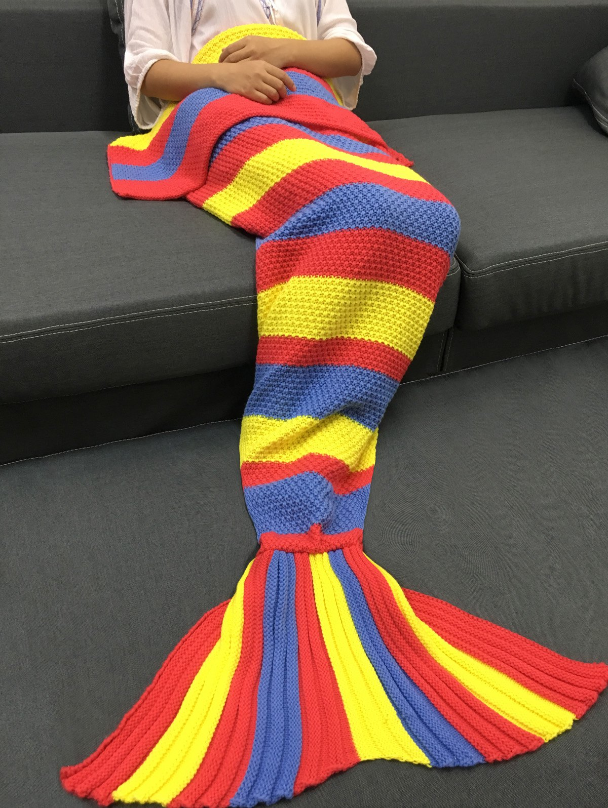 Delicate Colorful Stripe Pattern Knitted Mermaid Design Throw Blanket - COLORMIX