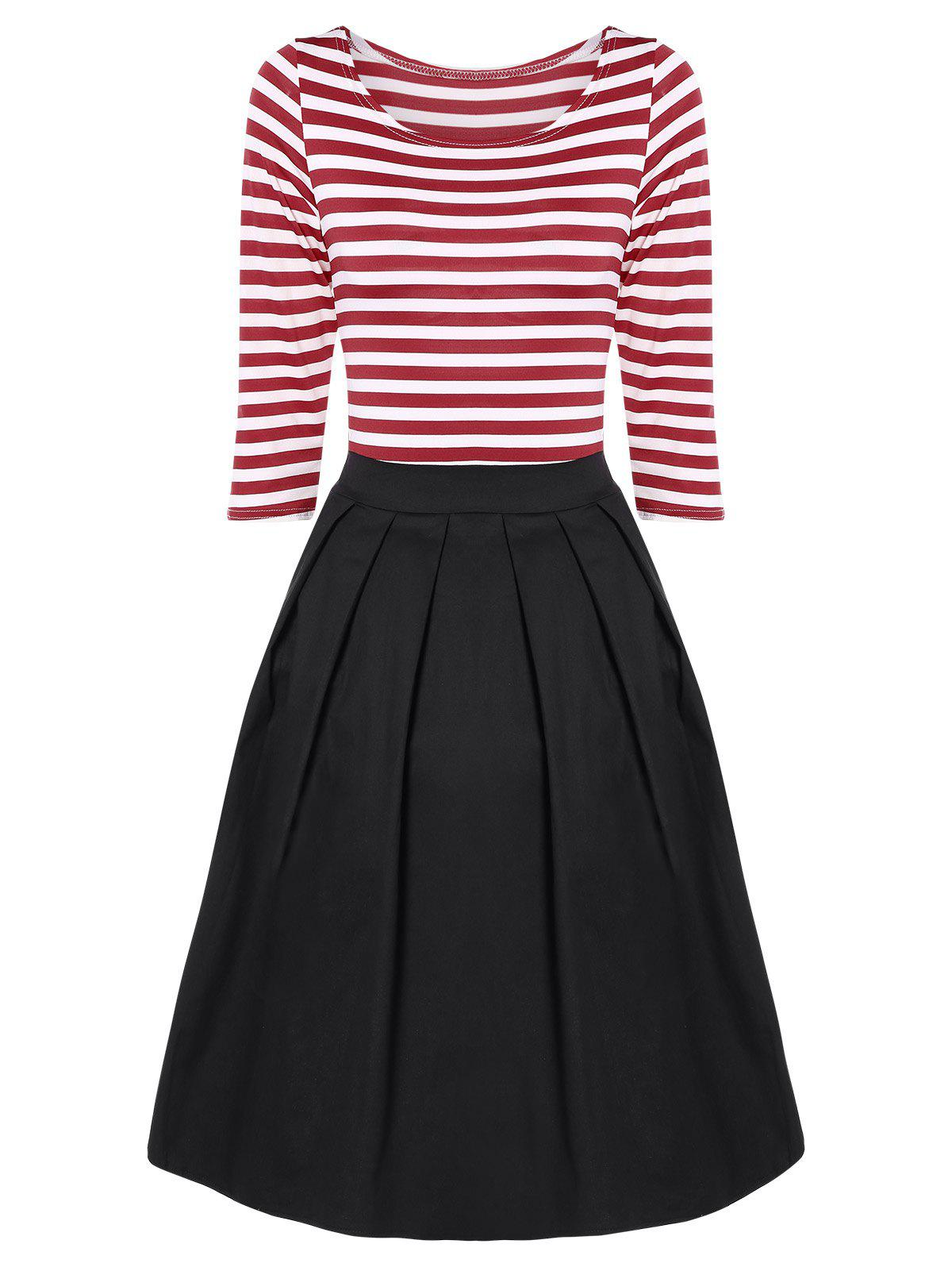 Striped Plissé A Dress Ligne - Rouge et Blanc 3XL