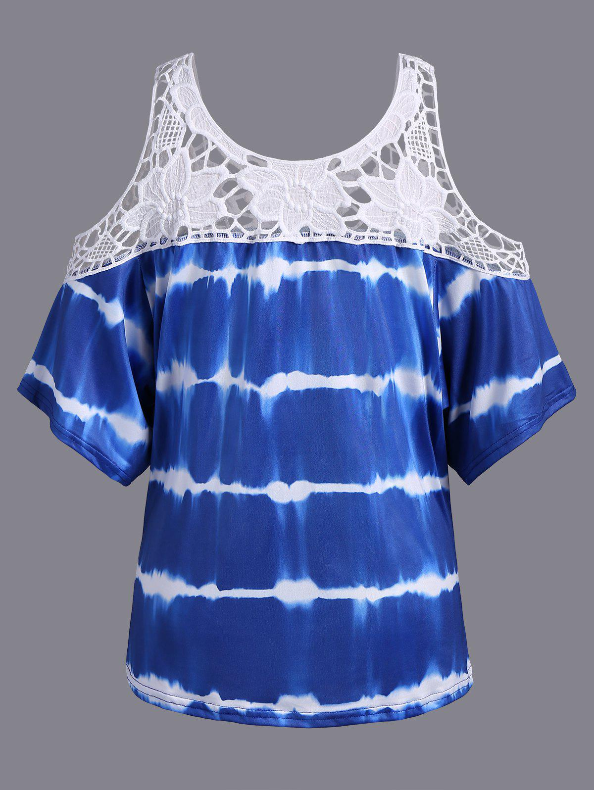 Plus Size Cold Shoulder Lace Insert Print T-Shirt - DEEP BLUE 4XL