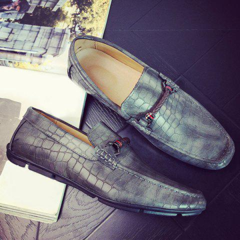 Embossing PU Leather Metal Casual Shoes - GRAY 42