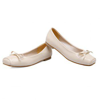 Bowknot Patent Leather Square Toe Flat Shoes - OFF WHITE 38