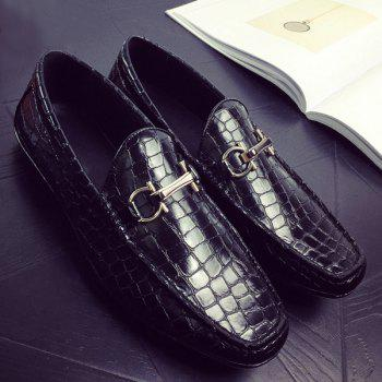 PU Leather Plaid Pattern Embossing Casual Shoes