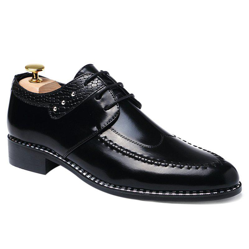 Faux Leather Embossed Panel Formal ShoesShoes<br><br><br>Size: 41<br>Color: BLACK