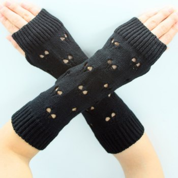 Heart Hollow Out Knitted Arm Warmers -  BLACK