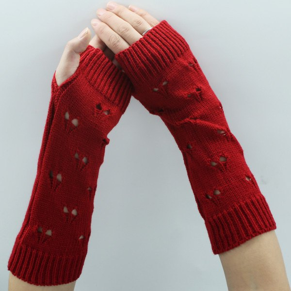 Heart Hollow Out Knitted Arm Warmers - RED
