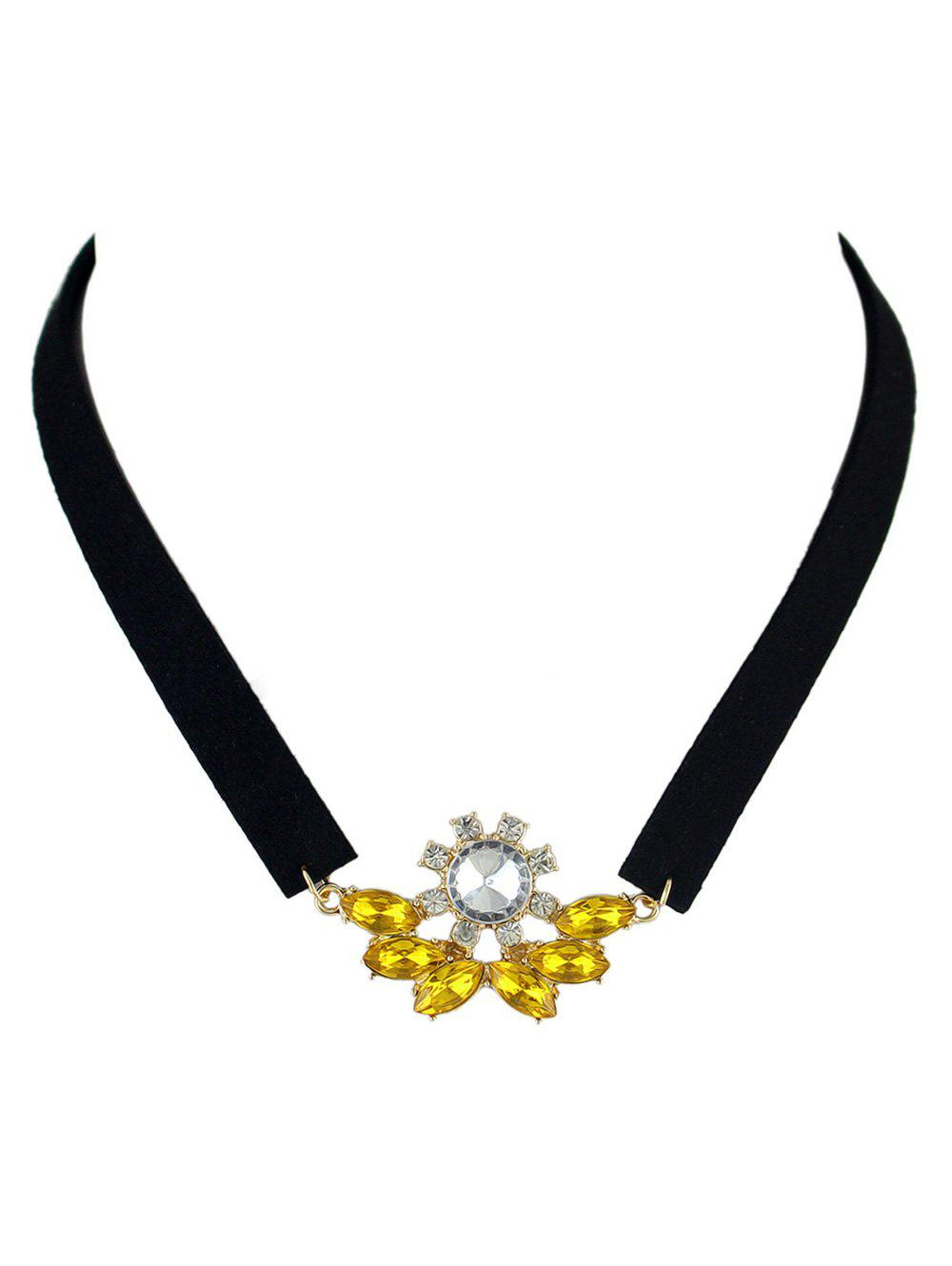 Faux Crystal Velvet Choker Necklace - YELLOW