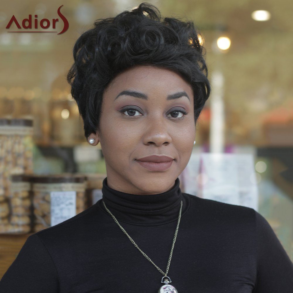 Short Inclined Bang Curly High Temperature Fiber WigHair<br><br><br>Color: BLACK