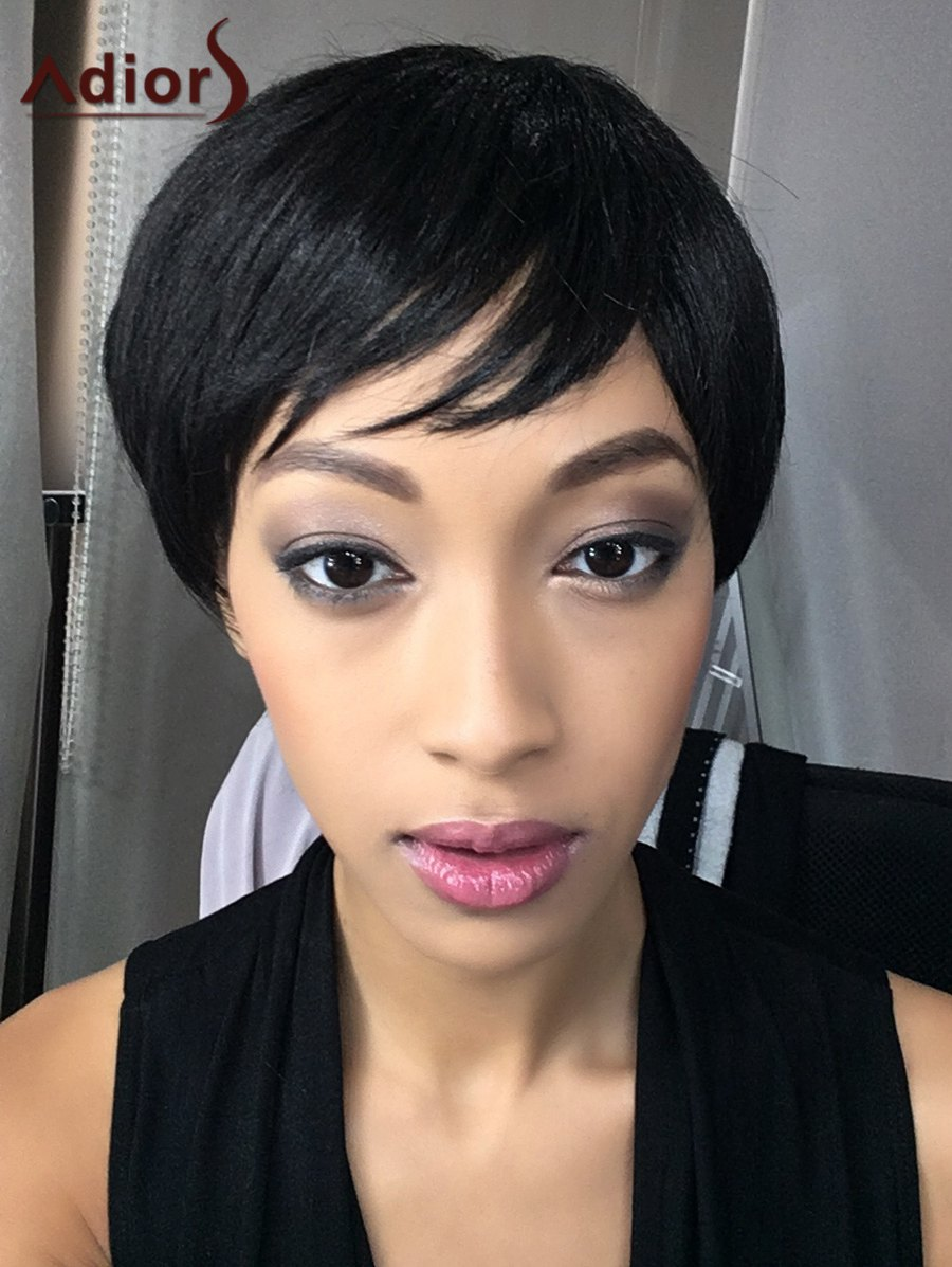 Oblique Bang Adiors Spiffy Short Straight Bob Synthetic WigHair<br><br><br>Color: BLACK