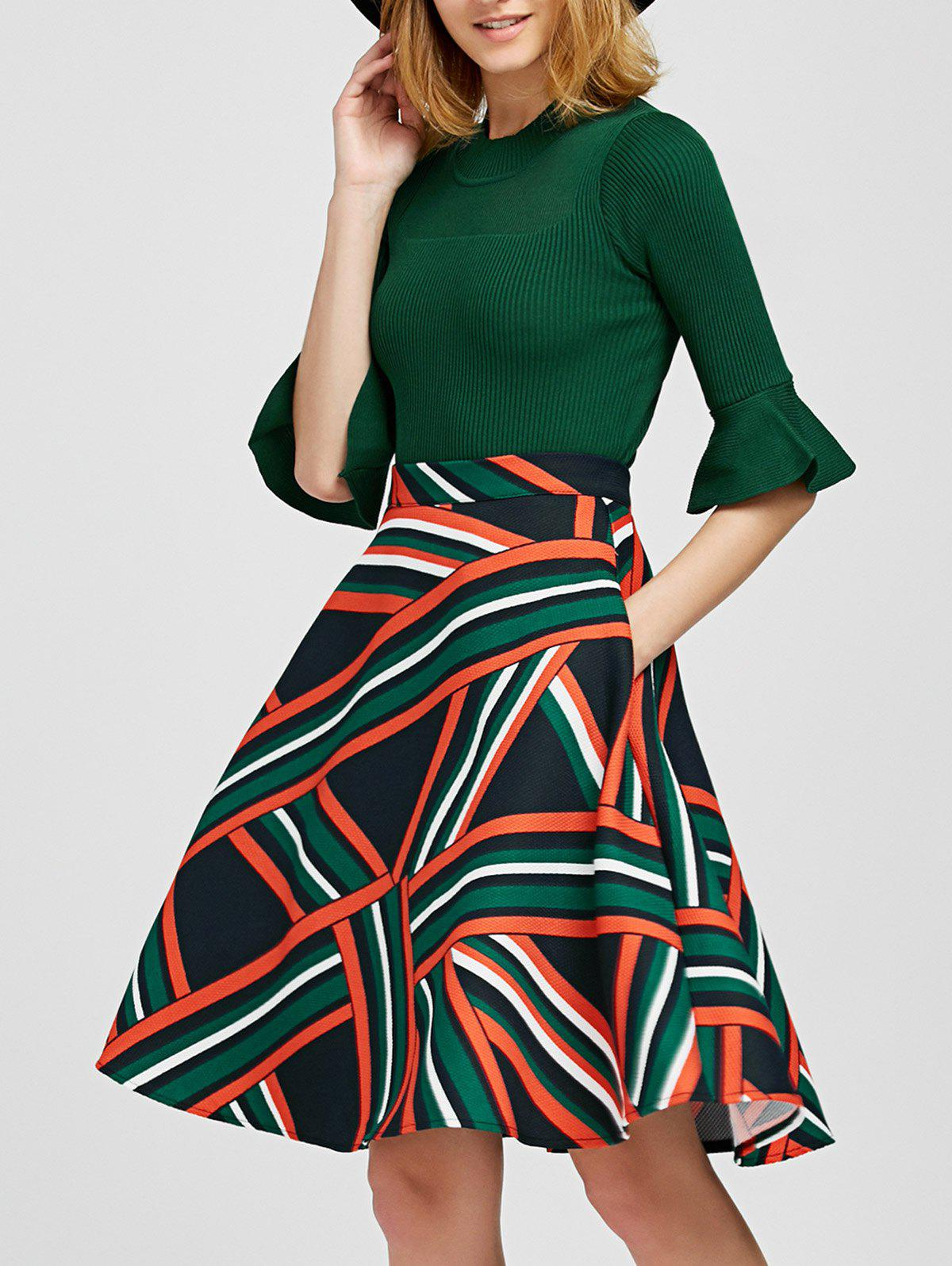Pull a manches cloches avec Jupe Twin-set rayée - GREEN M