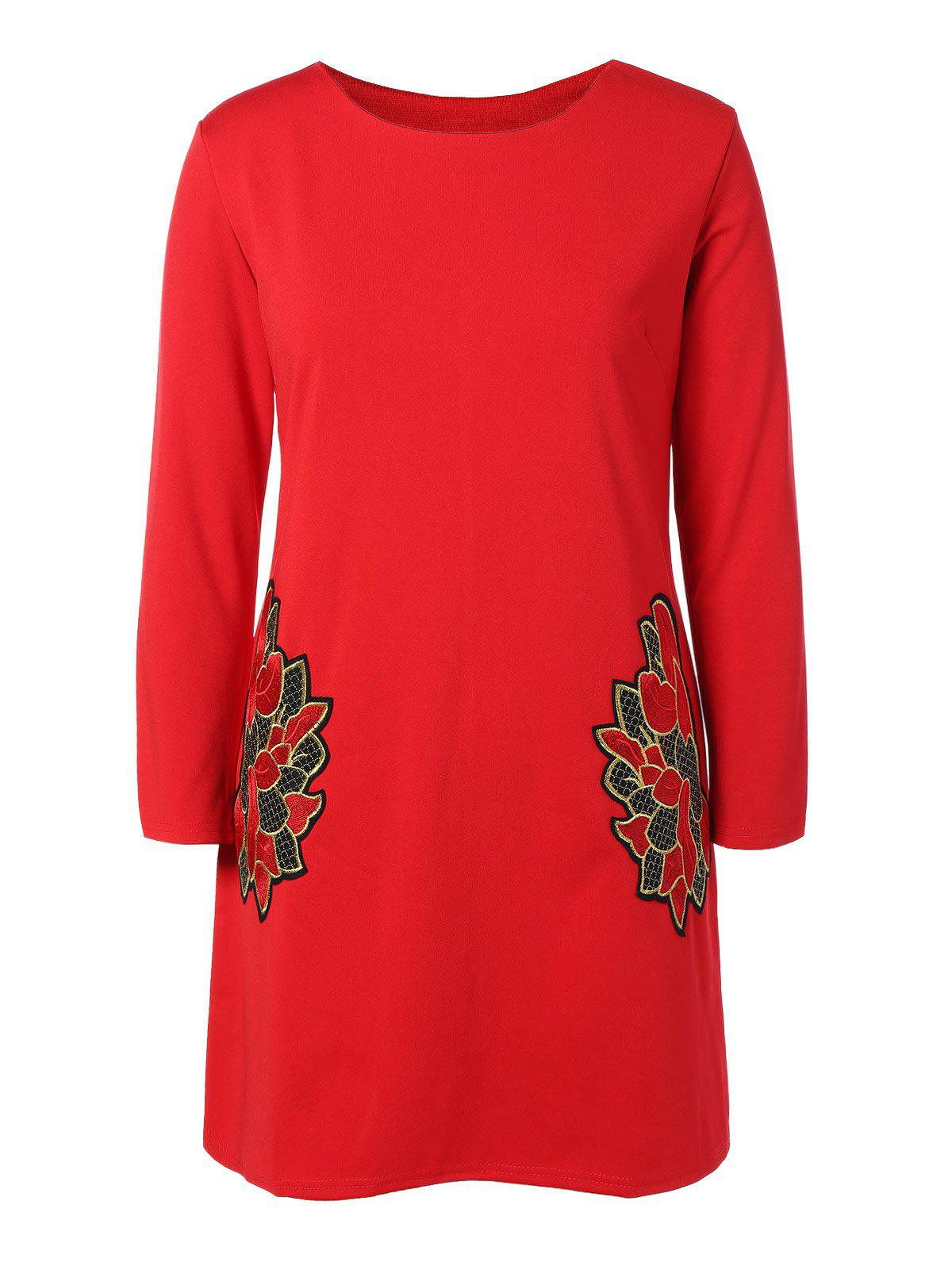 Plus Size Embroidered Long Sleeve DressWomen<br><br><br>Size: 2XL<br>Color: RED