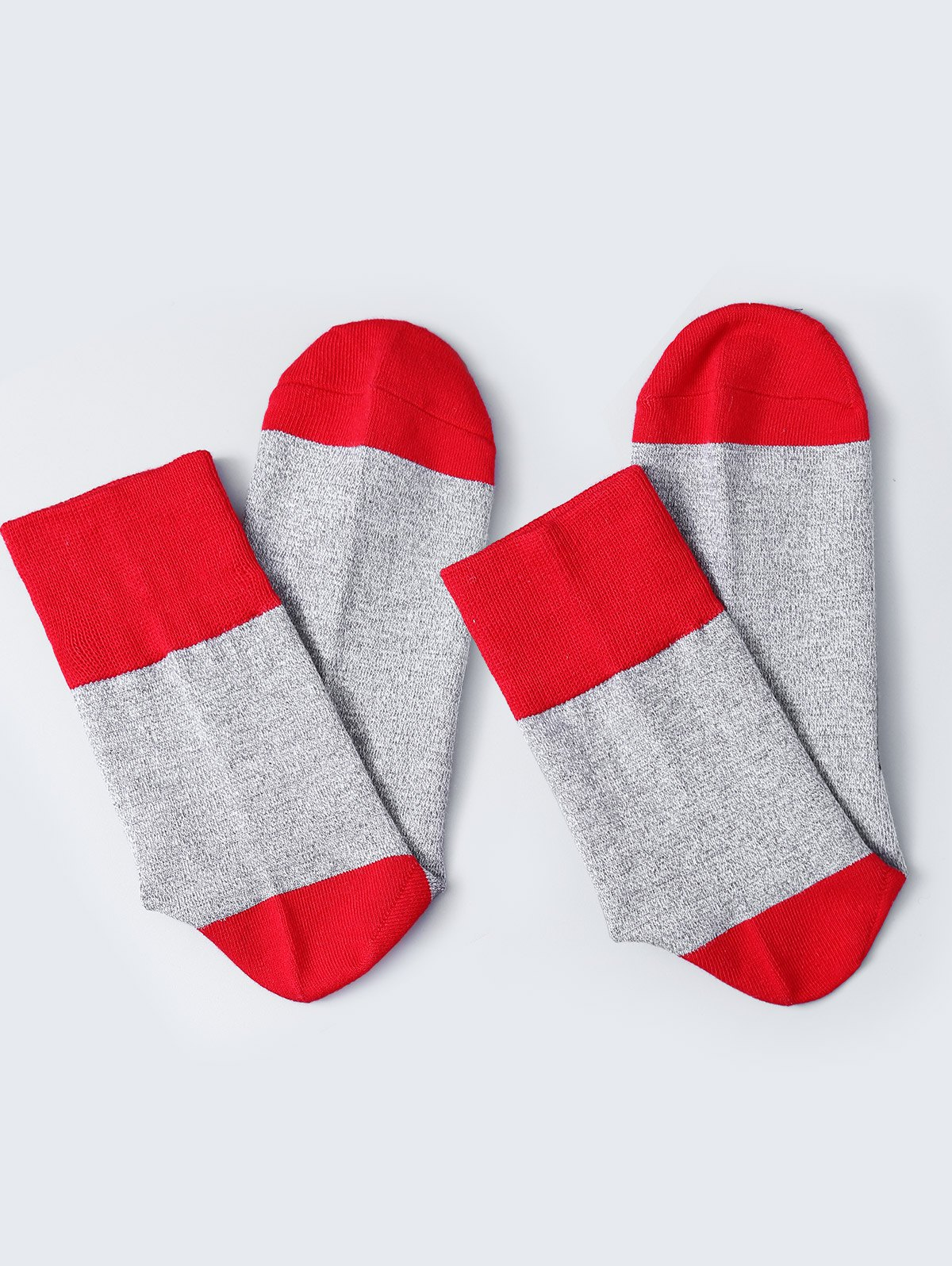 Pair of Letter Graphic Contrast Socks - RED
