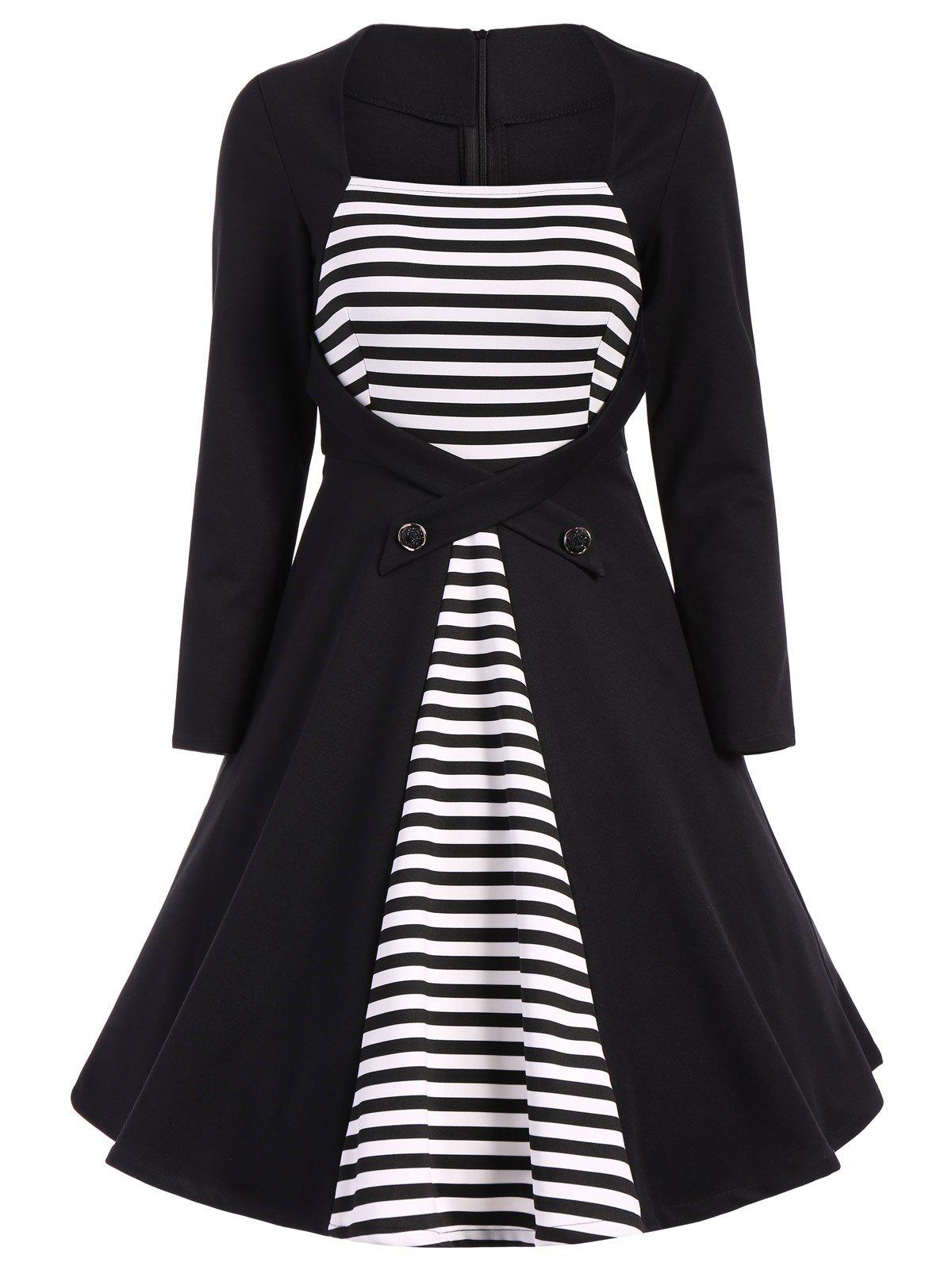 Plus Size Square Collar Striped Skater Dress with Long Sleeves - BLACK 6XL