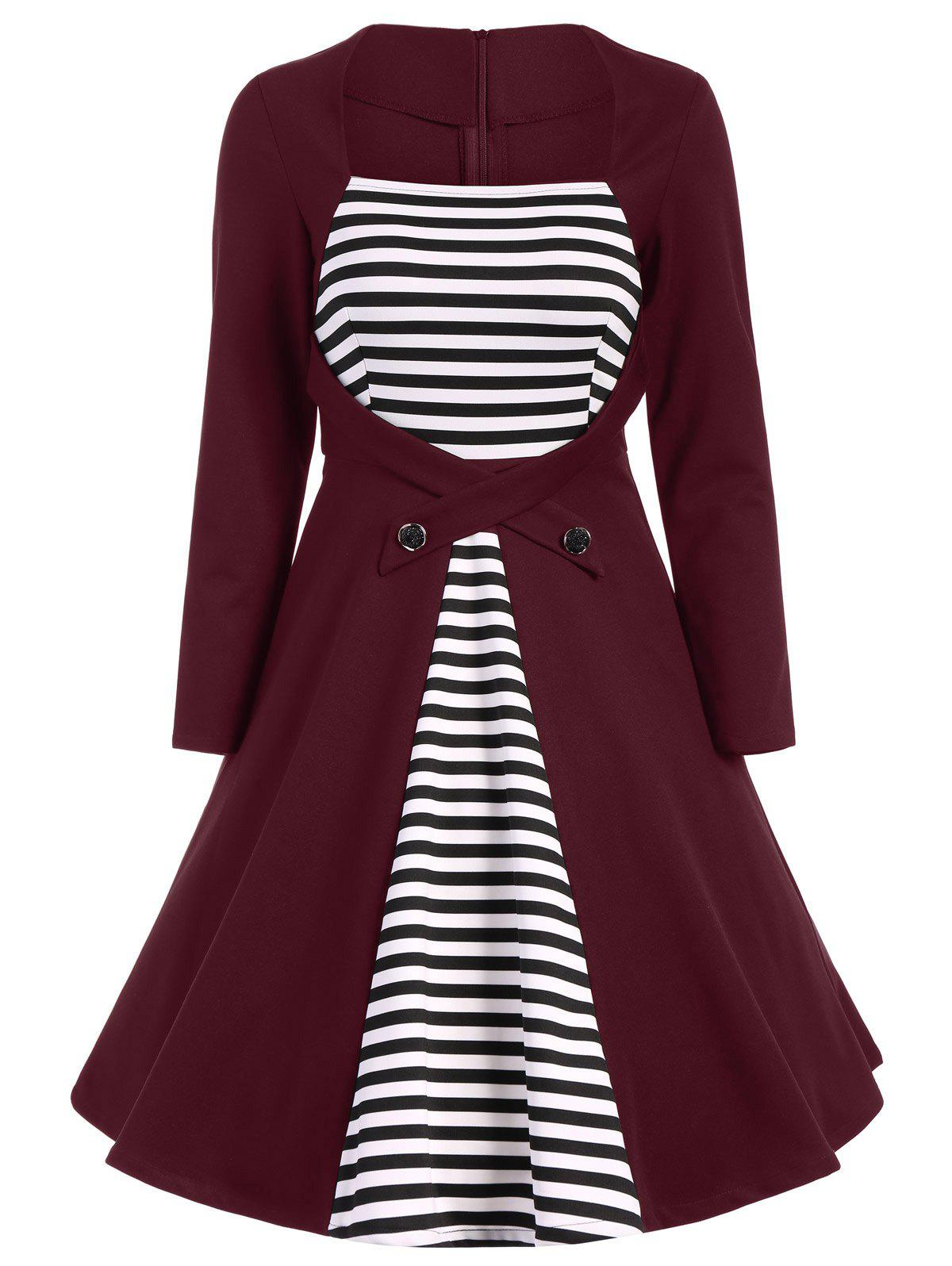 Plus Size Square Collar Striped Skater Dress with Long Sleeves - WINE RED L